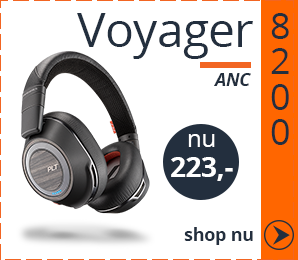 Voyager 8200